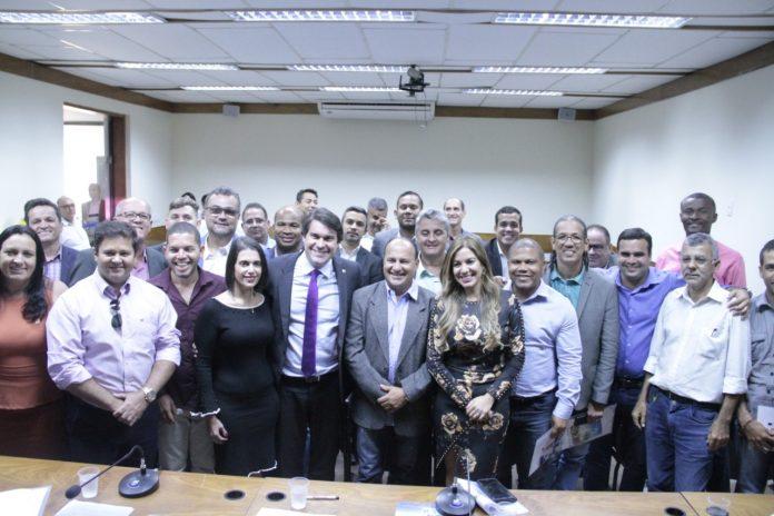 Bahia: Vereadores são homenageados em evento realizado pelo deputado Niltinho na Assembleia Legislativa. Confira!